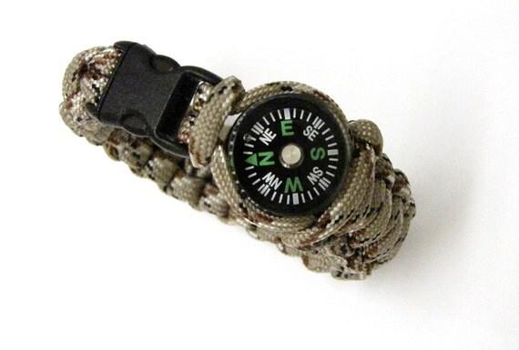 Paracord Bracelet with Compass