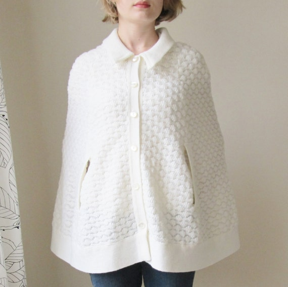 vintage white knit sweater capelet