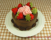 Felt Cake - Chocolate Cake with Roses & Strewberries (Made to order)