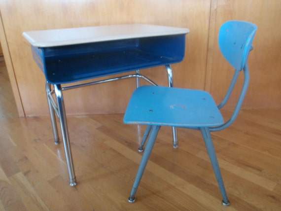 1950s school desk and chair by lisalawrence1967 on etsy. Black Bedroom Furniture Sets. Home Design Ideas