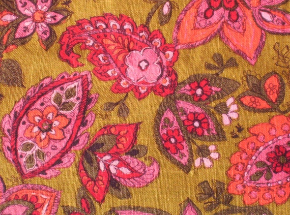Bright Floral Paisley Bedspead, Twin/Daybed/Couch Size - Treasury Item