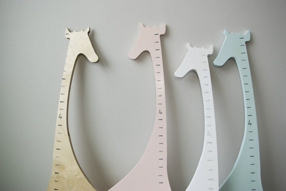 Wooden Giraffe Growth Chart