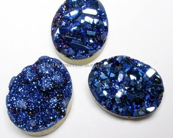 One Bright Metallic Midnight Blue Sparkling Druzy Oval Cabochon 21 x 17mm