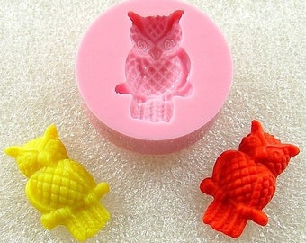 Kawaii Owl  Flexible Mini Mold/Mould (18mm) for Crafts, Jewelry, Scrapbooking  (resin, pmc, polymer clay) (101)