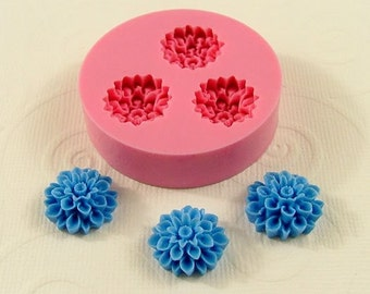 Flower Mold Chrysanthemum Mum Flexible Mould (15mm) for Mod Pod Crafts Jewelry food crafting wax  resin  pmc polymer clay UTEE Mold (204)