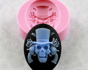 Skull Guns and Roses Cameo Mold Mould Resin Polymer Clay Soap Wax PMC (306)