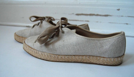 Vintage Canvas Hemp like Tennis Shoes Size 7