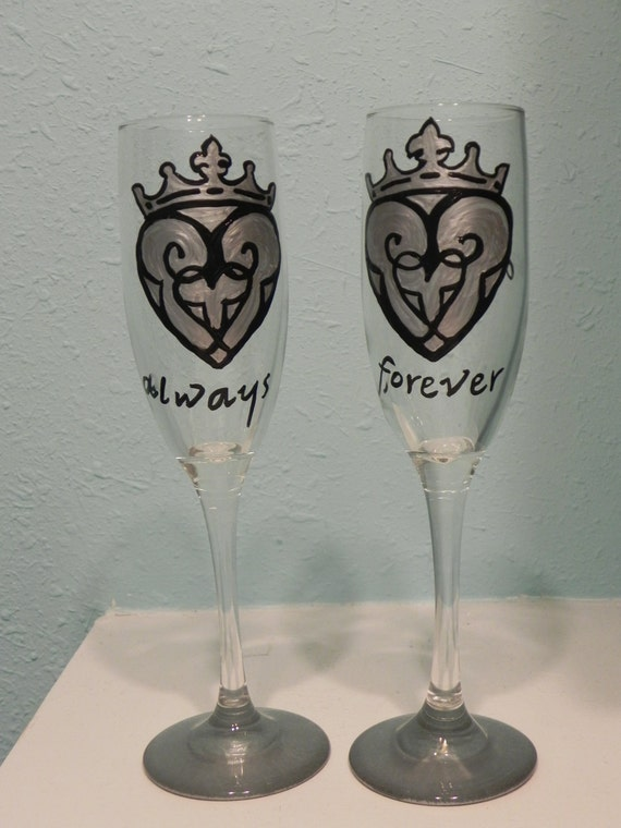 Celtic Heart champagne flutes