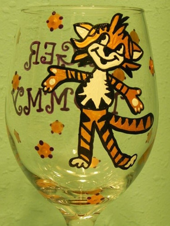Tiger Mommy  WINEGLASS