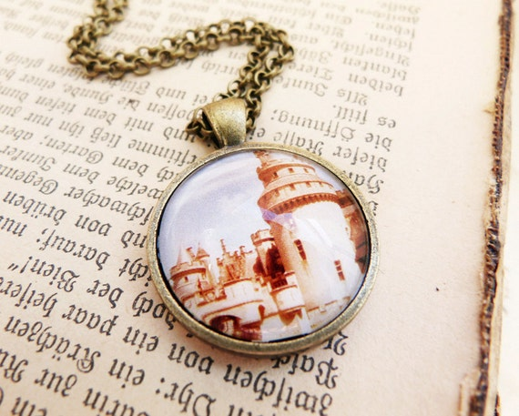 Camelot - Vintage Necklace
