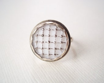 Art Deco Ring. Milk Glass with Silver Sparkles. Recycled White Vintage Button. Artisan Statement Jewelry
