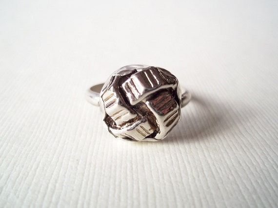 Silver Ring. Small Recycled Vintage Knot Button in Sterling Silver. Modern Jewelry