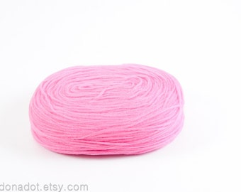 Thin Wool Pencil Roving/Pre-Yarn, Spinning, Felting or Knitting Fiber, Baby Pink