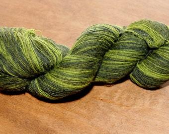 KAUNI Wool Yarn Effektgarn 8/1, Dark Green, Olive Green 1ply