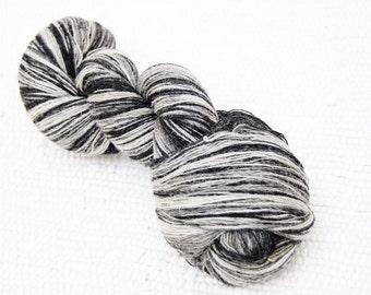KAUNI Wool Yarn 8/1, 1 ply Lace Weight Black and White, Mega-Yardage