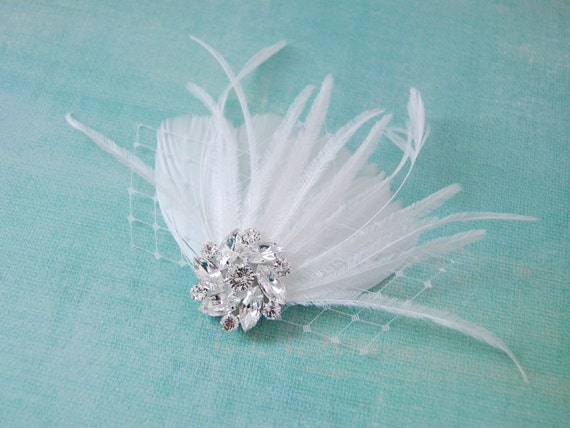 SAMPLE SALE - White Sea Shell Feather Fascinator : F090 ready to ship