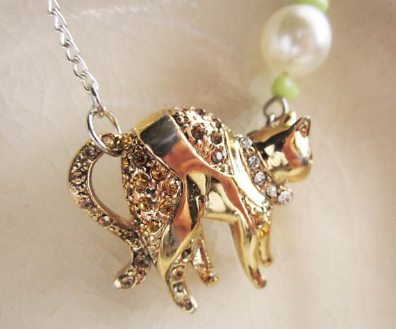 Gold Kitty with Pearl and Glass Beads