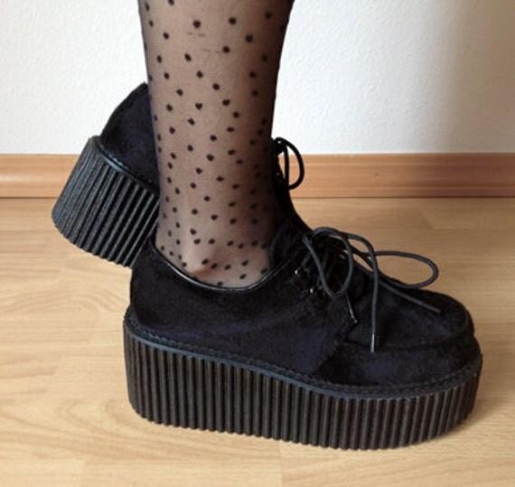 Creeper shoes- black fur (on hold for tunagarten)