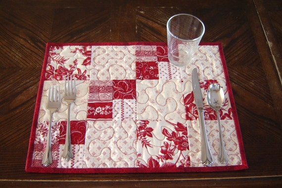 Red & White Quilted Placemats, set of 4
