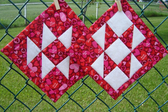 Sweet Tart Quilted Pot Holders (Pair) Red Pink White Valentine Gift Decor