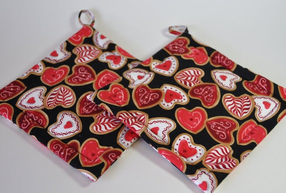 Quilted Potholders (Pair) Red Hearts