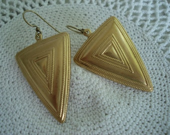 Textured Matte Gold Triangle Pyramid Dangles Drops Earrings Native Tribal Inspired Southwest
