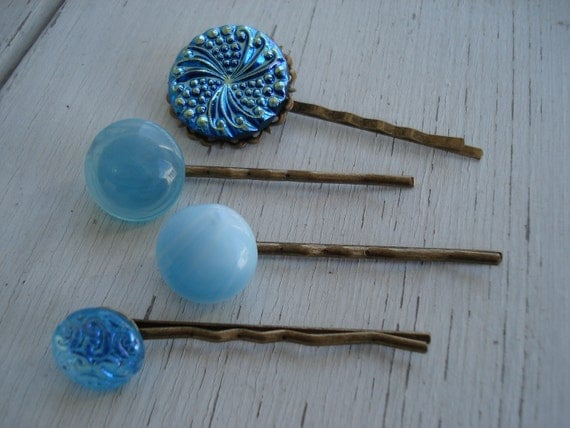 SALE Set of 4 Aqua Turquoise Bobby Pin Hair Clips Gorgeous Vintage Glass Cabochons