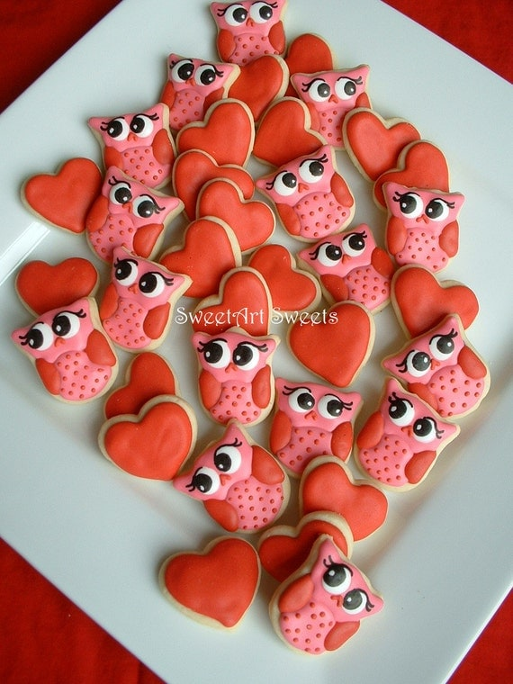 Valentines day - Owl cookies and Hearts - Valentine Cookies - 2 dozen MINI decorated cookies - FEATURED on Etsy Finds