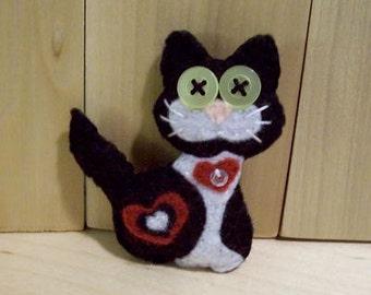 Tuxedo Cat Love Magnet