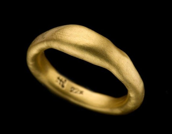 Natural Lined Uneven 22k Solid Gold Ring, Gold Wedding Ring, Gold Wedding Band ,Resizable, Fine Jewelry, Gift For Her, Handmade. (R86-22k)