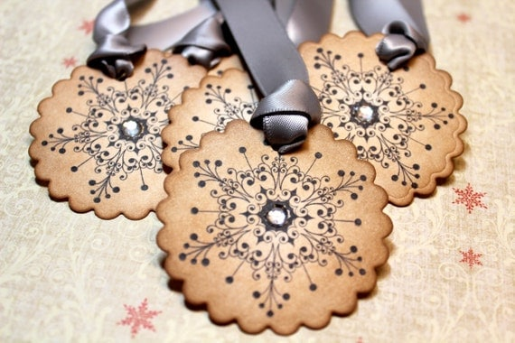 Vintage Inspired Holiday Gift Tags - Snowflake - Set of 5