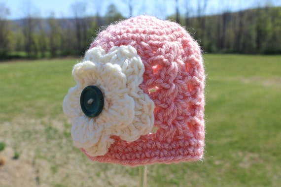 Crocheted Baby Flower Hat - Newborn Girl -  Pink / Off White