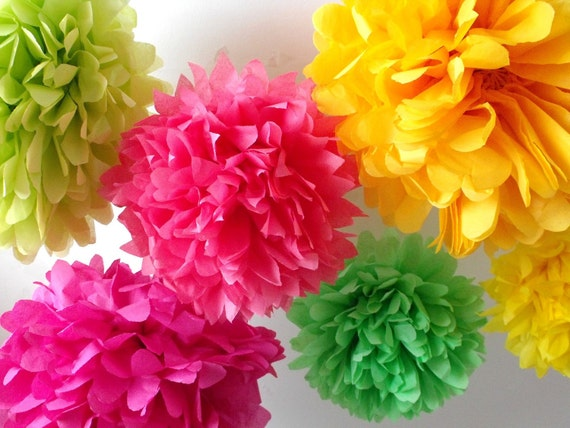 Paper pompoms ... 50 Poms ... Pick Your Colors