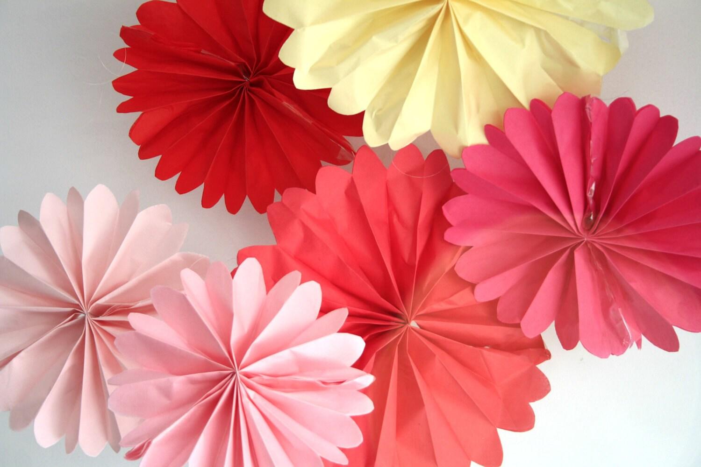 Party decorations 3 pomwheels pick your colors by - Decoracion de san valentin ...