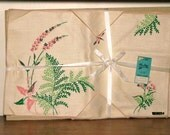 Mid Century Timely Linens Placemat and Napkin Set