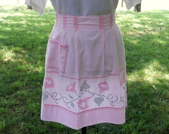 Vintage Apron Pink Gingham Counted Cross Stitch Flowers Hearts Apron Country Charm