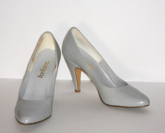 Silver High Heel Shoes Women's Pumps 6.5M fanfares 6-1/2M Vintage