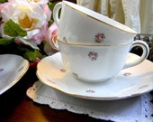 Pair Matching Rosebud Chintz Small Teacups Tea Cup and Saucer Unmarked 4027