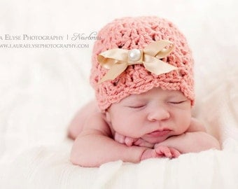 Crochet hat PATTERN ,  photo prop pattern , baby girl clothes , scallop hat pattern