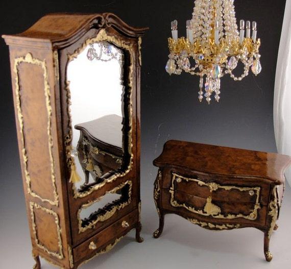Dollhouse armoire The San Remo