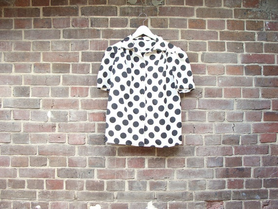 Black Dots & Short Sleeves Shirt
