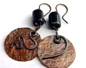 Long copper earrings dangle fall autumn jewelry fashion brown dark big black porcelain.  by Alery bioteam