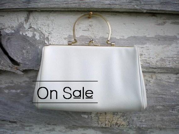 Summer Sale 25 Percent Off - Harry Levine HL Formal Vintage Handbag Dainty White Pleather Purse