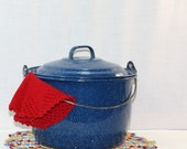 Vintage rustic enamel canning or stock pot blue and white spatterware or graniieware