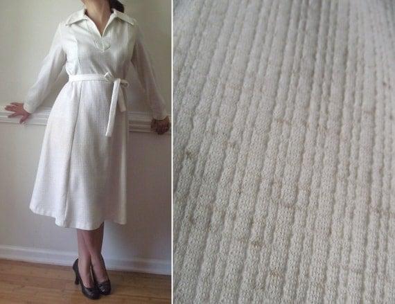 1960s White Dress //  Plus Size Pin Up Girl // Cream Pan Am Mad Men 60s Vintage