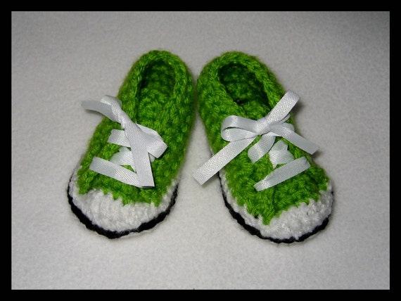 "Lime Green Baby Booties, hand crochet ""Chuck Taylors"" (10)"