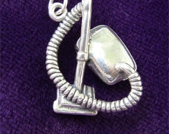 L.O. 3 D Vacuum Cleaner CHARM in Sterling Silver Gift for Your MAID