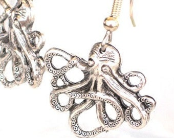 Steampunk - OCTOPUS EARRINGS - Antique Silver - Neo Victorian - By GlazedBlackCherry