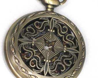 Steampunk - VICTORIAN COMPASS - Pocket Watch - Mechanical - Large - Necklace - Neo Victorian - By GlazedBlackCherry
