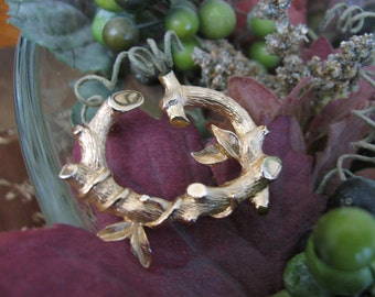 Sarah Coventry Brooch Gold Branches